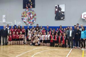 Cumhuriyet Kupası'nın Sahibi Şehit Öğretmen Necmettin Kuyucu Anadolu Lisesi Oldu
