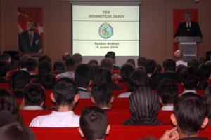 Mehmetçik Vakfı'ndan Okulumuza Anlamlı Ziyaret